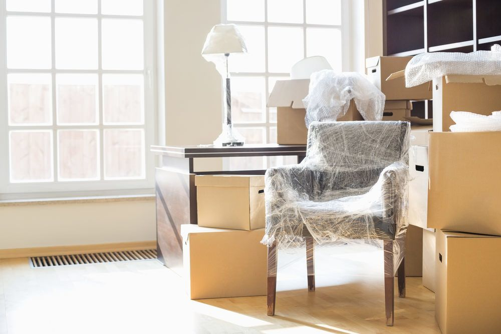how-to-pack-furniture-guide-for-moving-house-13000moveu